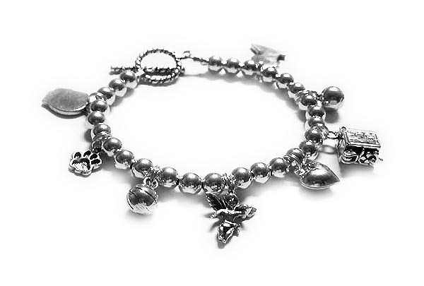 Grandma Bracelets on Design Your Own Charm Bracelets   Design My Own Charm Bracelet In