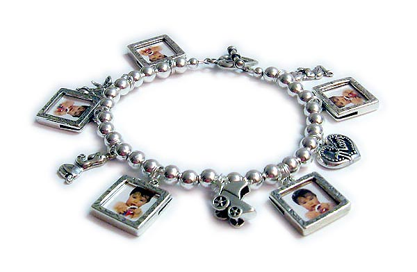 Photo Charm Bracelets on Picture Frame Charm Bracelet With Picture Frame Charms   Charm
